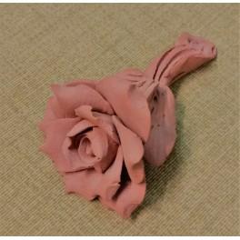 Terrakotta-Blume mit Stiel