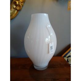 Vaso vetro bianco lavorato IVV