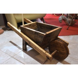 Carriola in legno